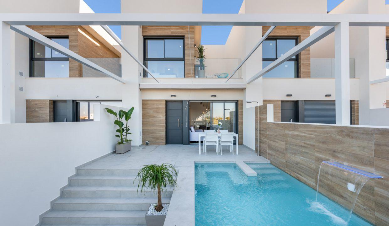 Villa-Rojales-richhomeR213001M.3-1240x720