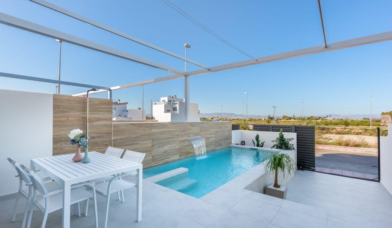 Villa-Rojales-richhomeR213001M.4-1240x720